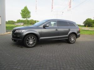 Audi Q7 grijs kenteken